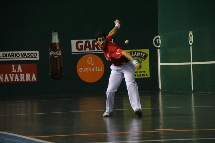 Erasun, 22-13 irabazi eta finalera