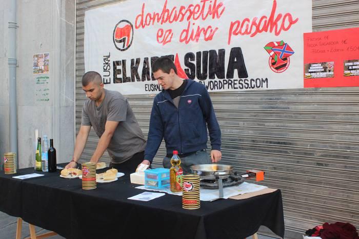 Donbasseko errealitatea plazaratzeko egitasmoari ekin diote, gaur, Tolosan