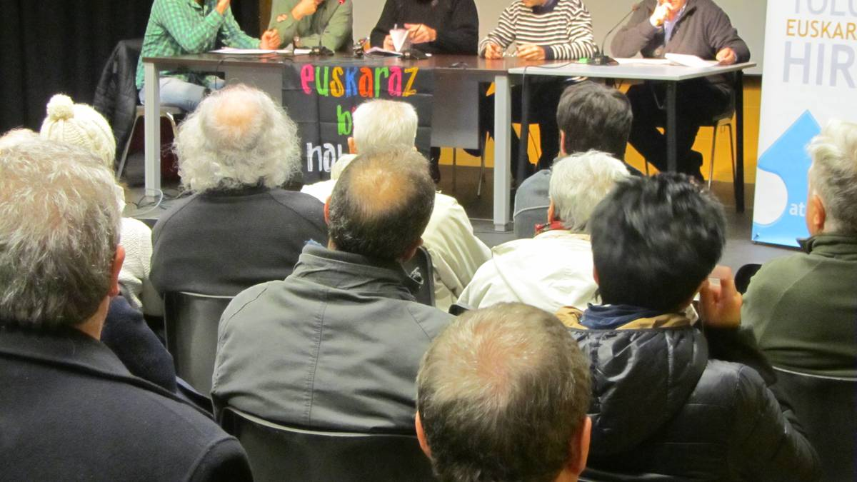 Euskaldunen komunitatea artikulatzeko deia