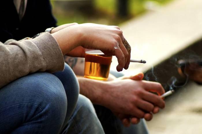 Alkoholaren eta drogen inguruko saioa gazteentzat, lehenengo saioa