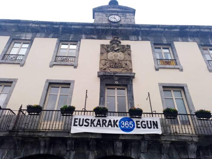 Amasa-Villabonako udalak euskara sustazteko hainbat konpromiso hartu ditu Euskararen egunean