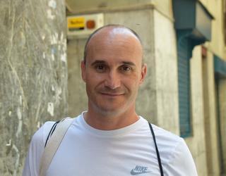"""Karlos Alcala: """"Konfiantza handia daukat erosketak egiten ditudan dendariekin"""""""