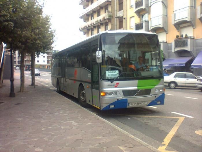 Autobusaren ordutegiak eguneratzen