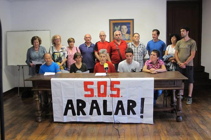 Aralarko ordezkari batzuen interes pribatuak tarteko, erabakiak ezeztatzeko eskatu dute