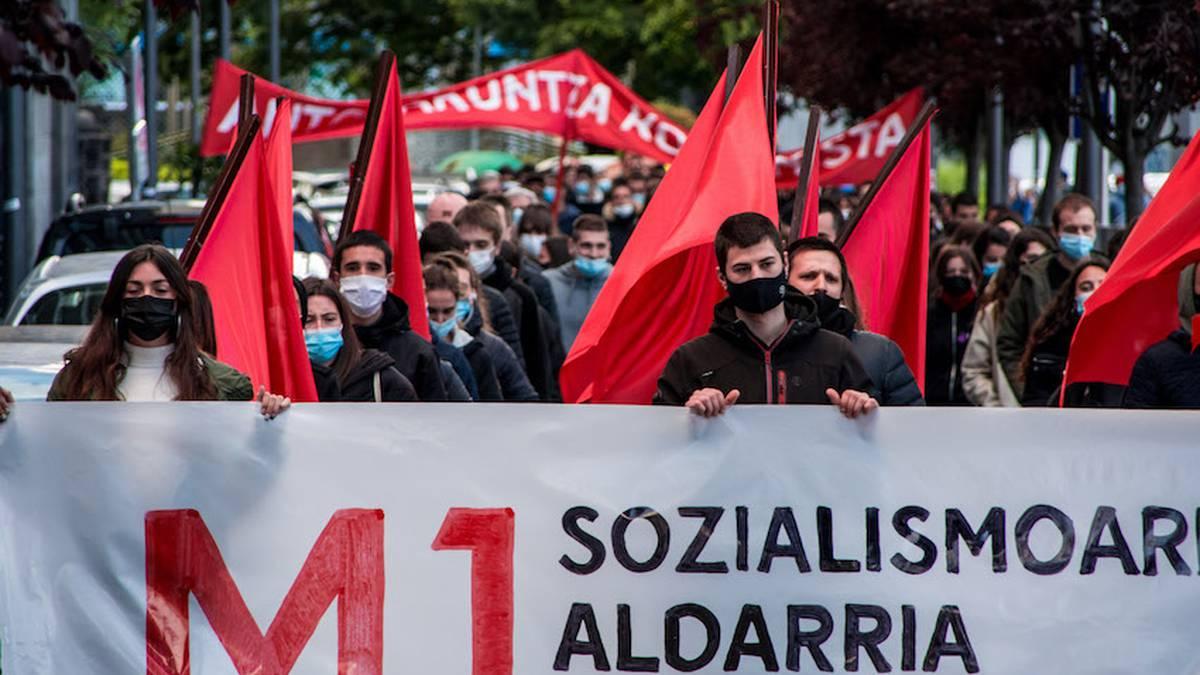 """Gazteenen nahia, """"sozialismoaren aldarria"""" berreskuratzea"""