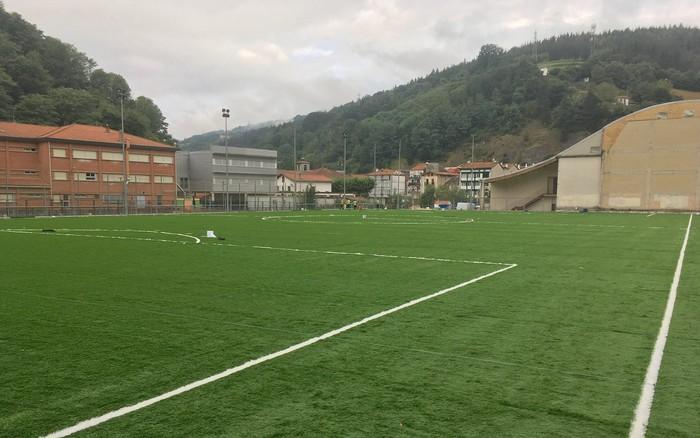 Elorri futbol zelaia, itxuraldatuta