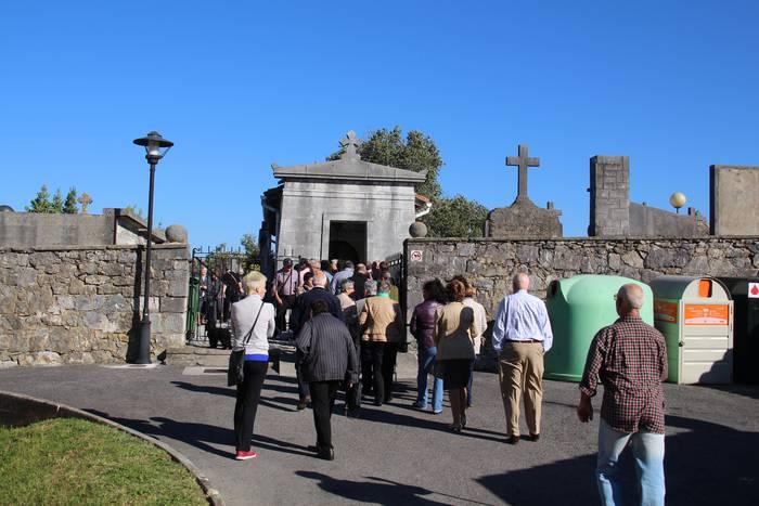 Santu Guztien Egunean autobusak izango dira Amasara igotzeko