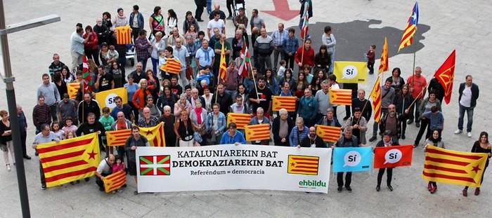 «Demokraziaren» izenean