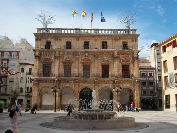 Sei guneko bidaia antolatu dute Castelló de la Planara
