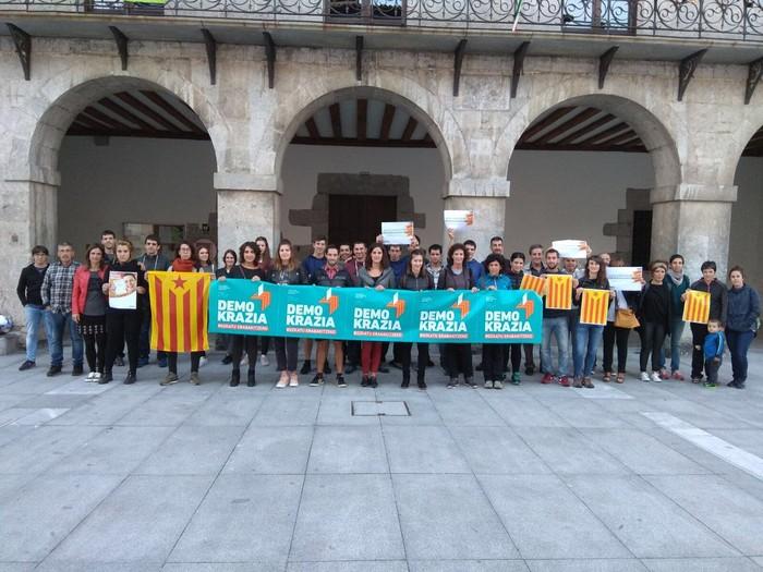 Kataluniako erreferenduma babestu dute - 7