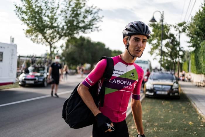 Unai Iribar Euskaltel-Euskadi taldean ariko da datozen bi denboraldietan