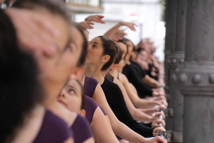 Balleteko klaseetara apuntatzeko aukera, oraindik zabalik dago