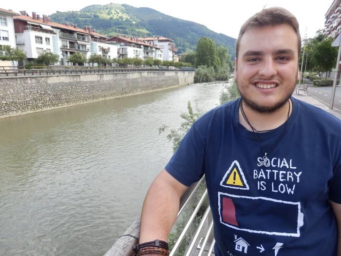 «Arkeologiaren alorra euskaraz oso hankamotz dago»