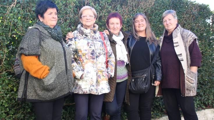 Aranalde eta Iruretagoienaren senideak «esperantzaz», Frantziak presoak gerturatzeko albisteari buruz