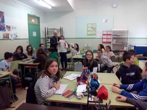Zubimusuko ikasleek Azoka Solidarioan lortutako irabaziak, Caritas erakundearentzat