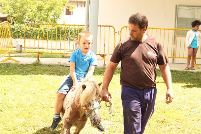 Haurrek animaliekin pasa dute goiza - 37