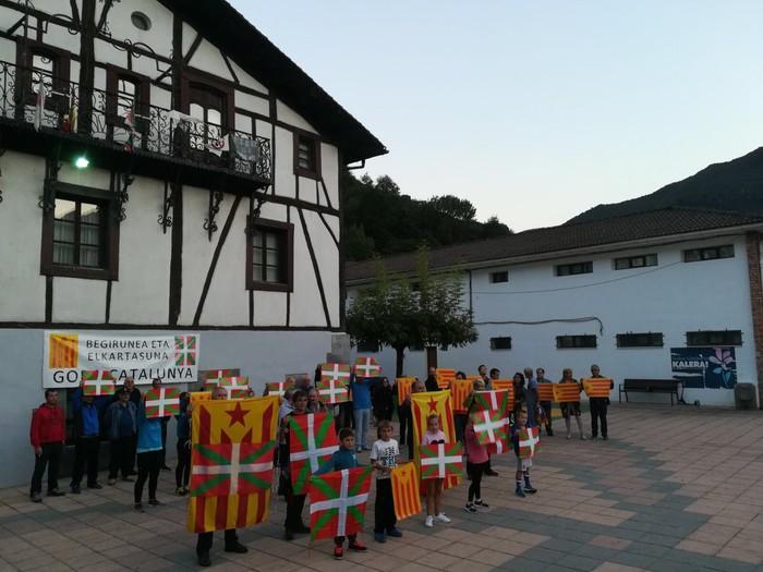 Kataluniako erreferenduma babestu dute - 11