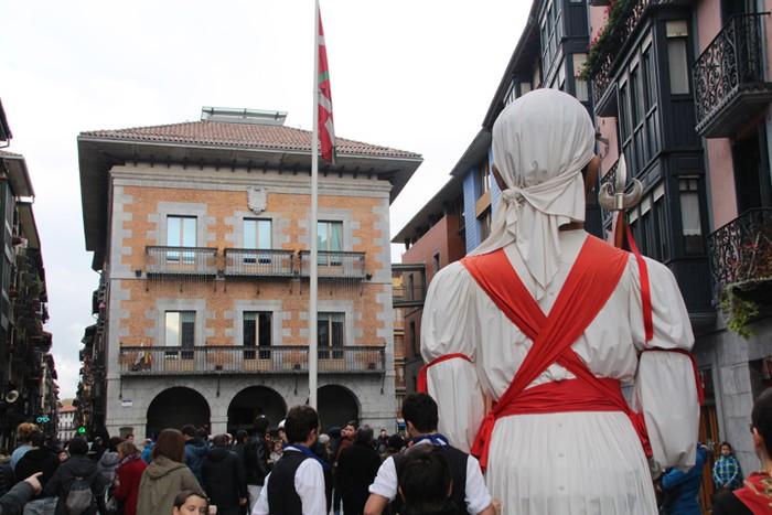 Babarrunaren aitzakian, Euskal Jaia - 15