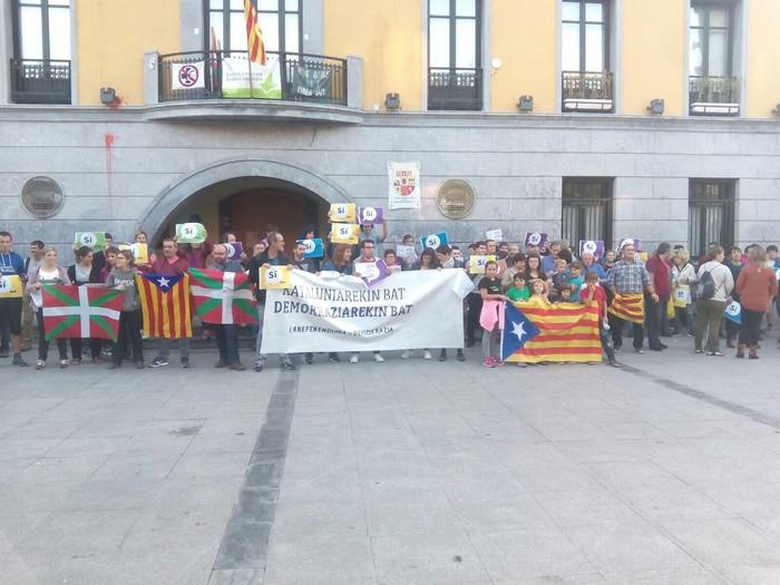 Kataluniako erreferenduma babestu dute - 9