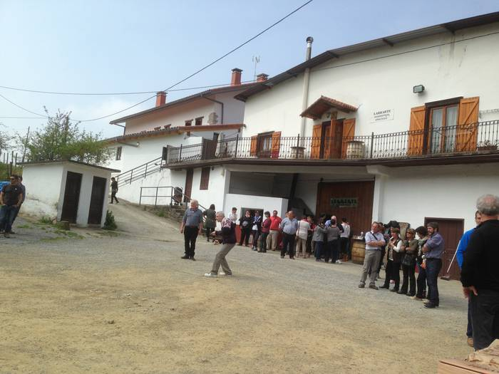 Senidetze festa: Leaburu-Larresoro