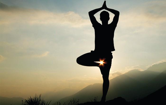 Yoga ikastaroa eskainiko dute, Anoetan, urritik urte amaiera bitarte