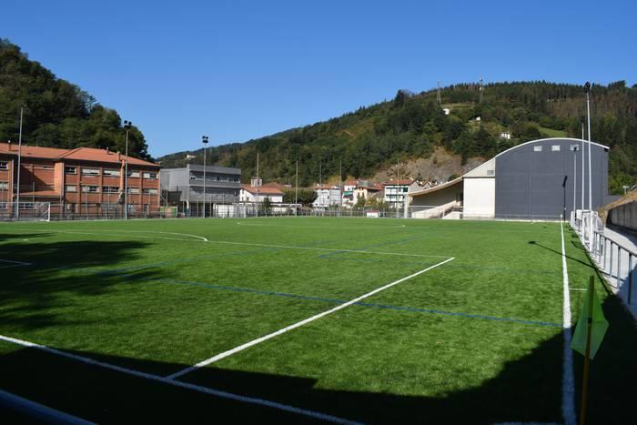 Elorri futbol zelaia erabilgarri dago gaurtik aurrera