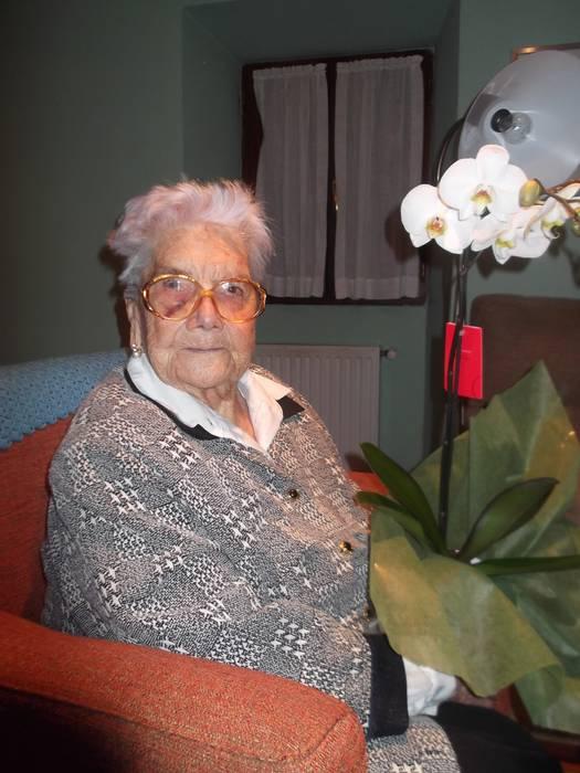 Gazteluko Mariak 105 urte bete ditu