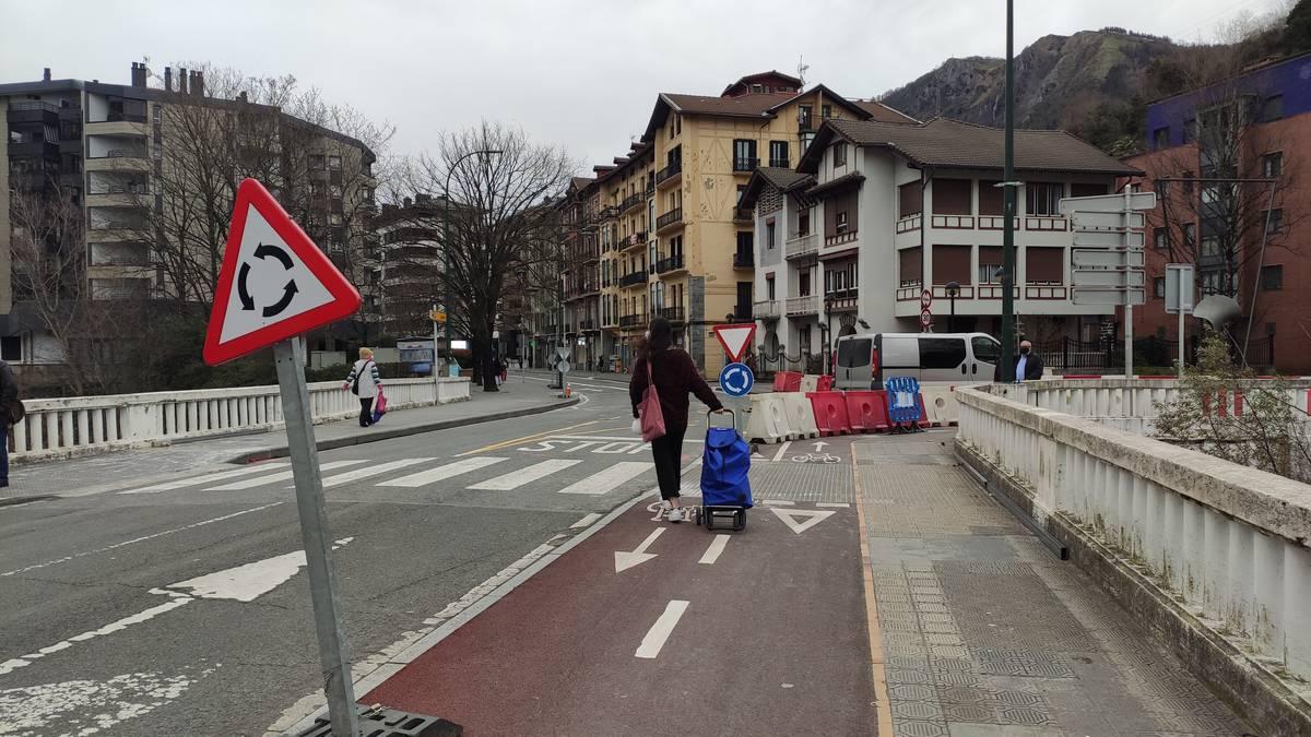 Trafiko aldaketak, Larramendiko lanak direla eta